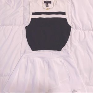 Forever 21 Contrast Sleeveless Knit Sweater XS S M